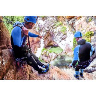 Jochen Schweizer Geschenkgutschein: Rafting- & Canyoning-Tag in Tirol