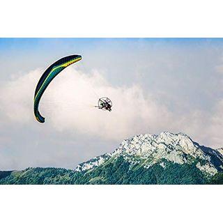 Jochen Schweizer Geschenkgutschein: Motorgleitschirm fliegen
