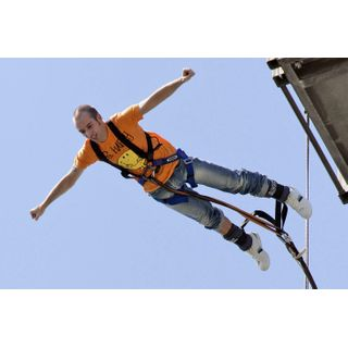 Jochen Schweizer Geschenkgutschein: Bungee Jumping Duisburg