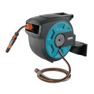 Gardena Wand-Schlauchbox 15 roll-up automatic: Schwenkbare Schlauchtrommel