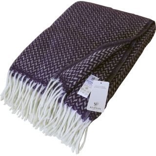 Klippan: Wolldecke mit violetten und cremefarbenen Zickzackstreifen 130x200cm