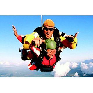 Jochen Schweizer Geschenkgutschein: Fallschirm-Tandemsprung
